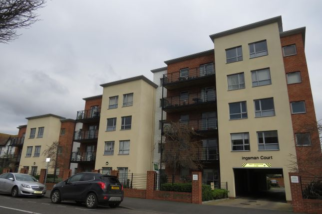 Thumbnail Property to rent in Carnarvon Road, Clacton-On-Sea