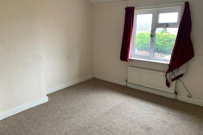 Bedroom 1 of Deepdale Court, Mayfield Avenue, Heanor DE75