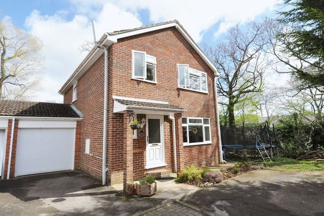 4 bed detached house for sale in Poplar Drive, Marchwood, Southampton
