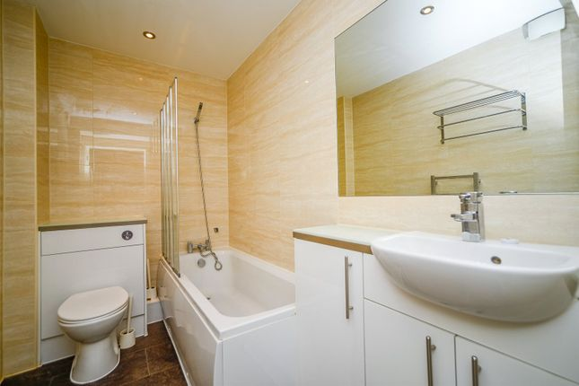 Bathroom of Romney Court, 25 Romney Place, Maidstone ME15