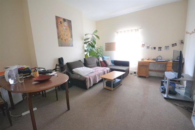Thumbnail 1 bed flat for sale in Coundon Road, Lower Coundon, Coventry