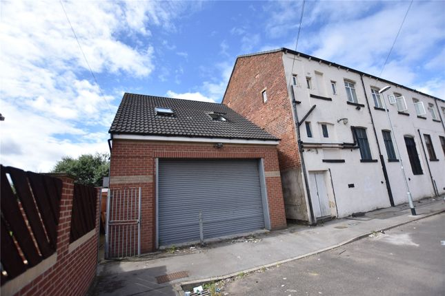 Thumbnail Commercial property for sale in Spring Close Street, Leeds, West Yorkshire