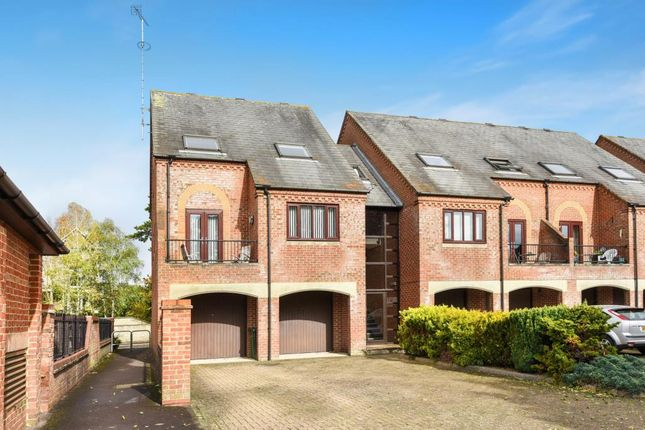 Thumbnail Flat for sale in Abingdon-On-Thames, Oxfordshire