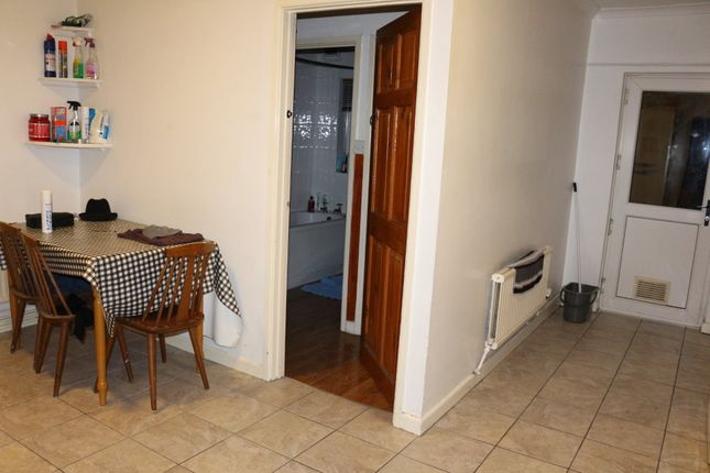 Thumbnail Property to rent in Egypt Street, Treforest, Pontypridd