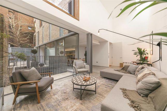 Thumbnail Terraced house for sale in Cheyne Walk, London