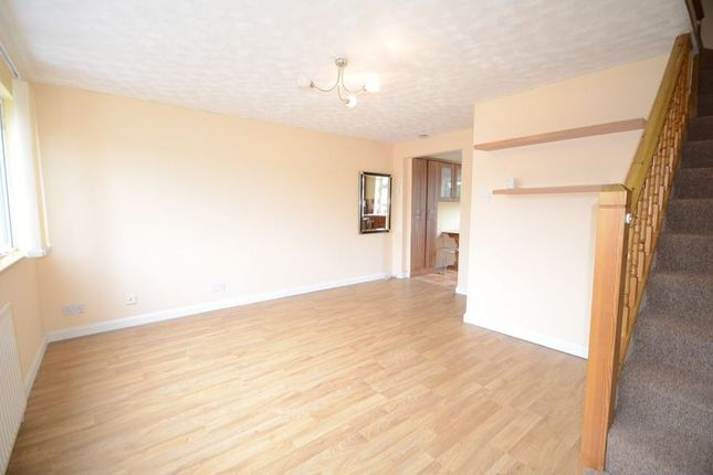 Thumbnail Flat to rent in Dedworth Road, Windsor