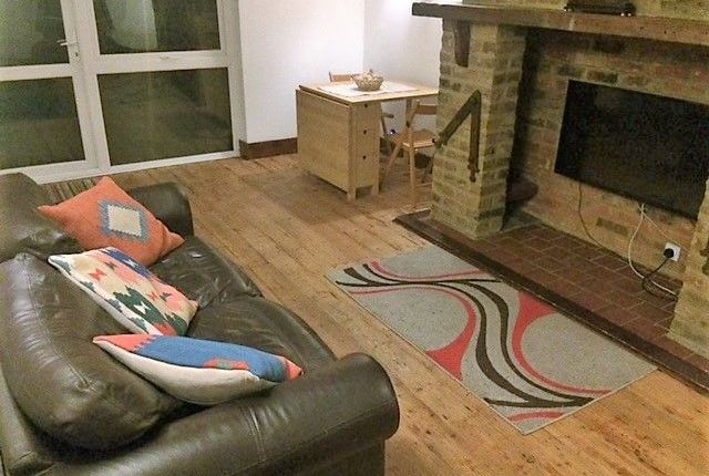 Thumbnail Terraced house to rent in Frigate Mews, London