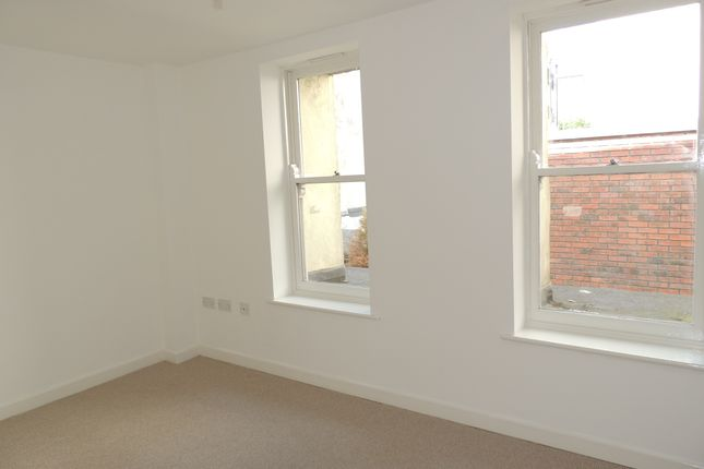 Thumbnail Flat for sale in Midland Road, Bristol