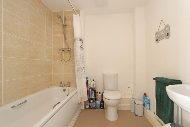 Bathroom of Parlour Mead, Cullompton EX15