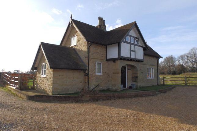 Thumbnail Detached house to rent in Langton Road, Langton Green, Tunbridge Wells