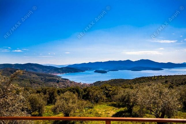 Maisonette for sale in Metochi, N. Magnisias, Greece