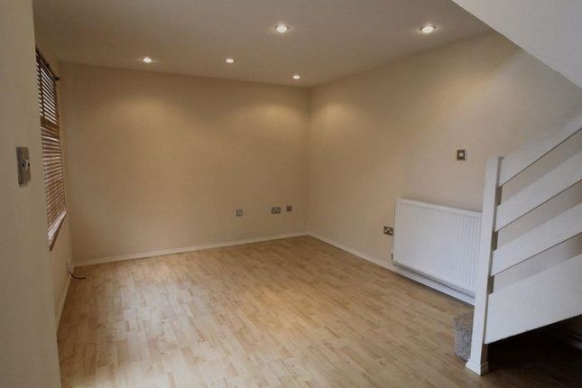 Thumbnail Terraced house to rent in Meredith Drive, Aylesbury