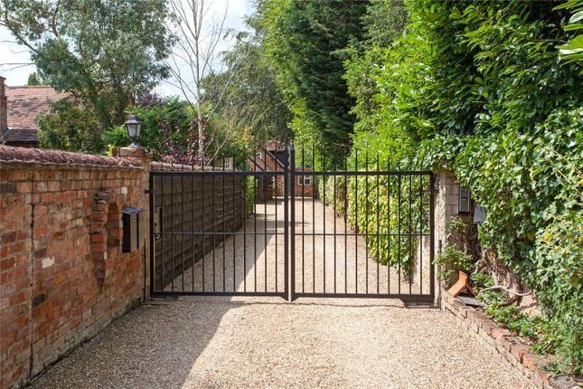 Thumbnail Detached house for sale in Ferry Lane, Medmenham, Buckinghamshire