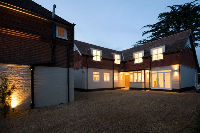 Thumbnail Detached house to rent in 'the Stables', Southborough Road, Surbiton