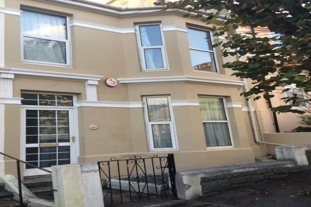Thumbnail Property to rent in Pentyre Terrace, Plymouth