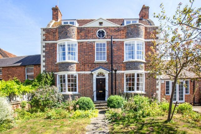 Thumbnail Detached house for sale in Grove Street, Wantage, Oxfordshire