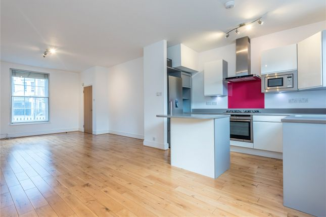 Thumbnail Terraced house to rent in Islington Green, Angel, Islington, London