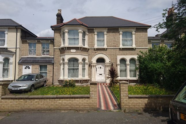 Thumbnail Terraced house to rent in Windsor Road, Forest Gate