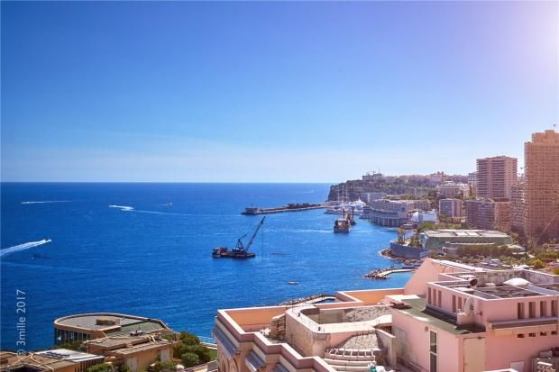 Thumbnail Apartment for sale in La Rousse, Monaco, 98000