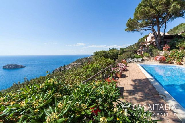 Thumbnail Villa for sale in Via Dei Ciliegi, 1, 58019 Porto Santo Stefano Gr, Italy
