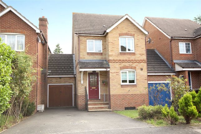 Thumbnail Link-detached house for sale in Twynersh Avenue, Chertsey, Surrey