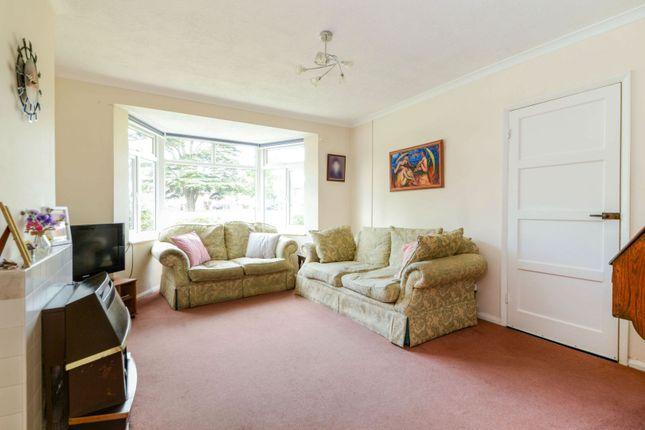 Lounge of Kimpton Place, Watford WD25