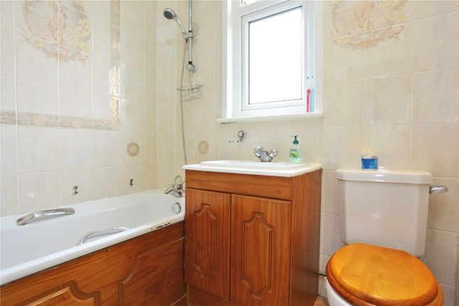 Bathroom of Sandringham Road, London N22