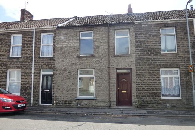 3 bed terraced house to rent in Regent Street East, Briton Ferry, Neath . SA11
