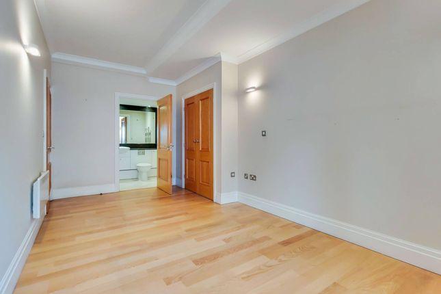 Thumbnail Flat to rent in Tudor Street, City, London