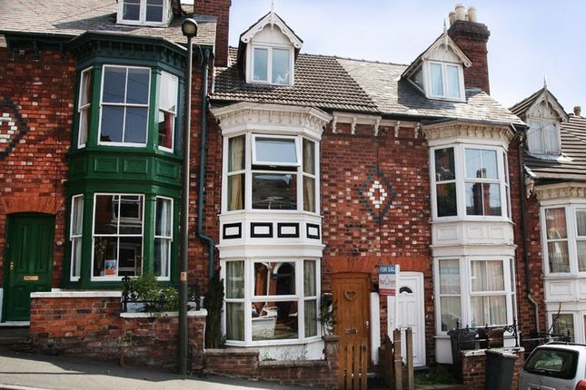 Thumbnail Terraced house to rent in Arboretum Avenue, Lincoln
