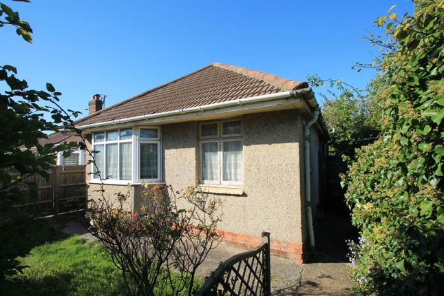 2 bed detached bungalow for sale in North Farm Road, Lancing