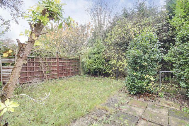 21215 of Torbay Crescent, Bestwood, Nottinghamshire NG5