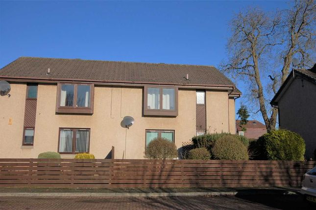 Thumbnail Flat for sale in Wemyss Court, Rosyth, Dunfermline