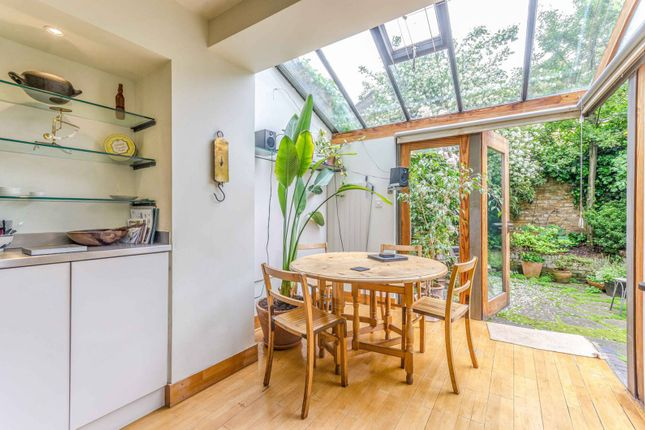 Thumbnail Terraced house to rent in Chatterton Road, Arsenal