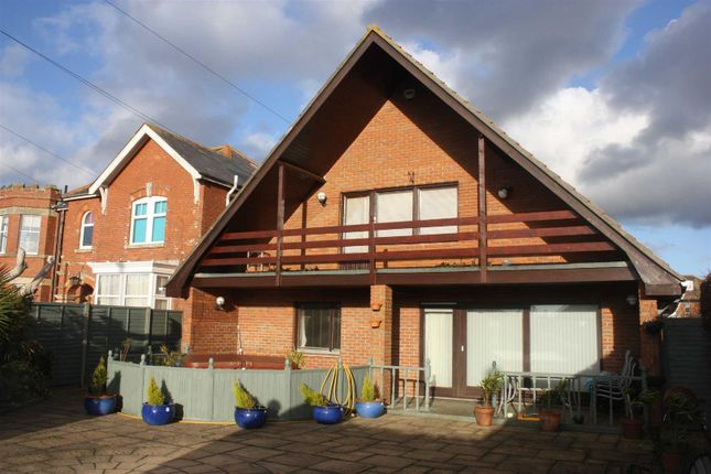 Thumbnail Detached house for sale in Roundhayes Close, Weymouth