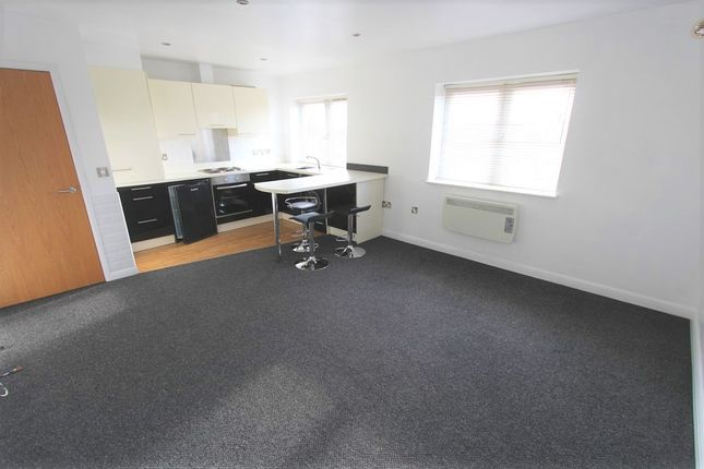Thumbnail Flat for sale in Holdenhurst Road, Bournemouth