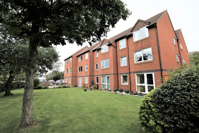 Thumbnail Flat for sale in Rectory Road, Burnham-On-Sea