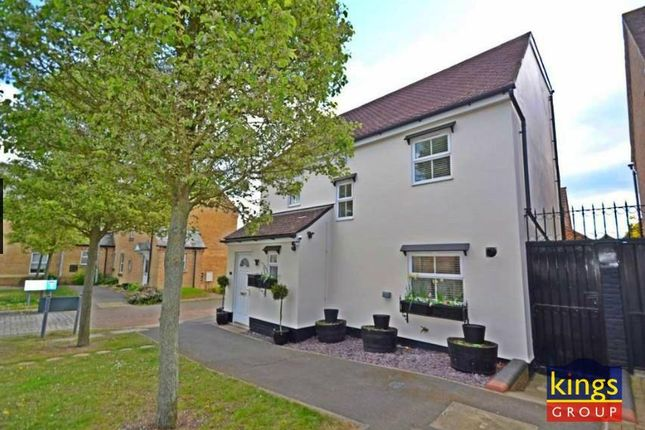 Thumbnail Property for sale in Greenwich Way, Waltham Abbey