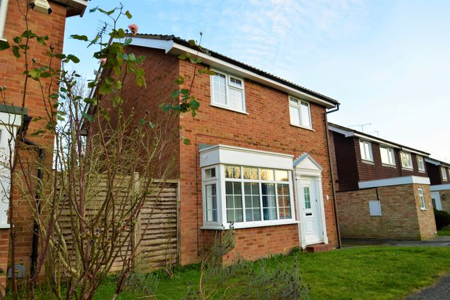 Thumbnail Detached house to rent in Southway, Guildford