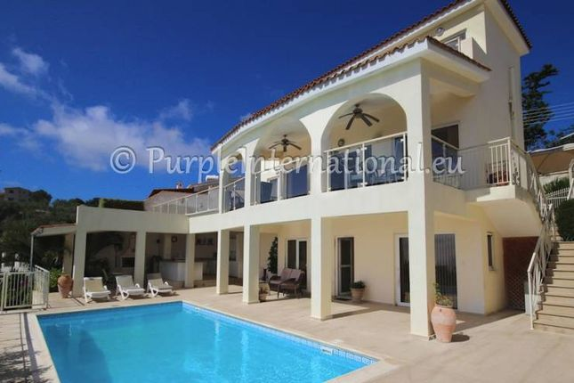 Villa for sale in Mesa Chorio, Paphos