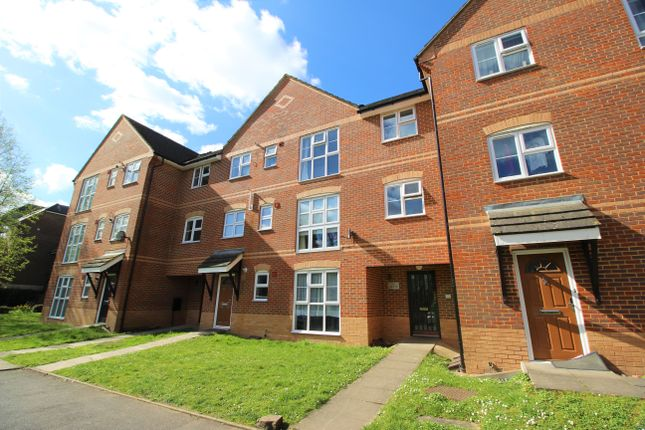 Thumbnail Flat to rent in Wey View Court, Walnut Tree Close, Guildford, Surrey