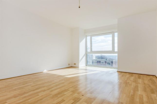 Thumbnail Flat for sale in Horniman Drive, London