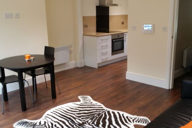 Thumbnail Flat to rent in Union Street, Oldham