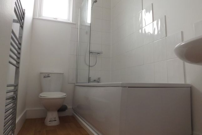 1 bed flat to rent in High Road, Seven Kings