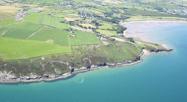 Thumbnail Leisure/hospitality for sale in Bwlchtocyn, Pwllheli