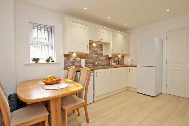 Dining Kitchen of Manor Road, Carlton, Nottingham NG4