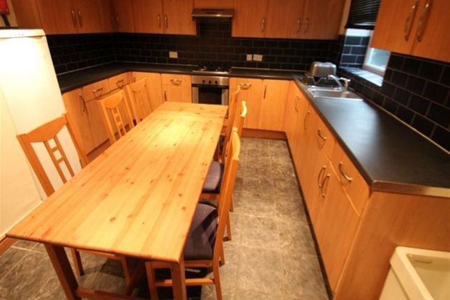 Thumbnail Terraced house to rent in Burley Road, Leeds