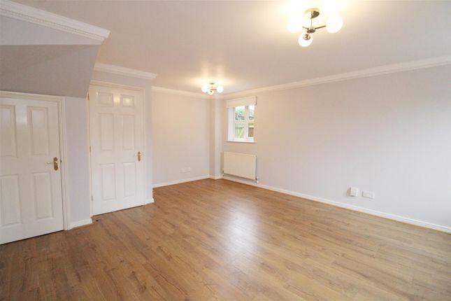 Living Room of Elliots Way, Caversham, Reading RG4