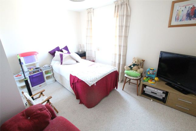 Picture No. 11 of Penshurst House, 6 Groombridge Avenue, Eastbourne, East Sussex BN22