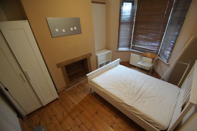 Thumbnail Terraced house to rent in Hugh Road, Coventry